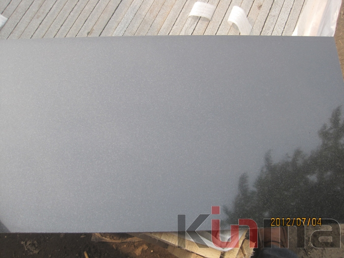 China Black Granite Tiles 30x60mm
