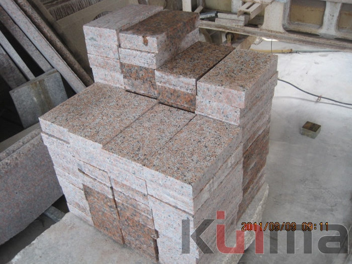G562 Red Cubic Stones Granite