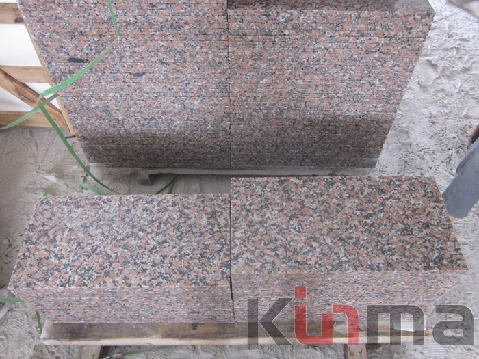 G562 Flamed Granite Tiles
