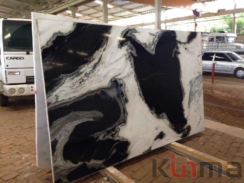 Imported Granite Slabs