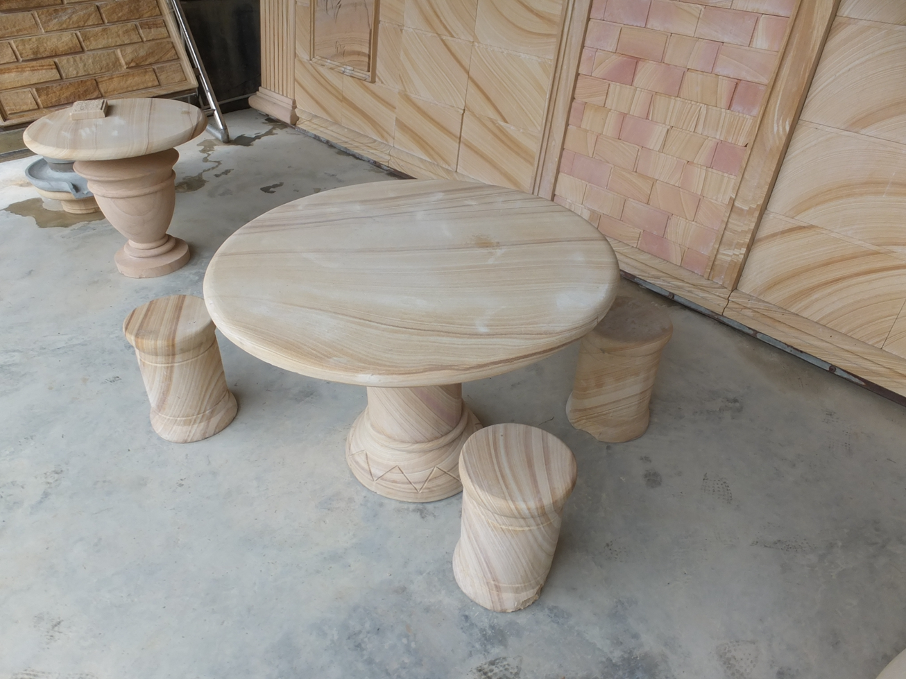 sandstone round table
