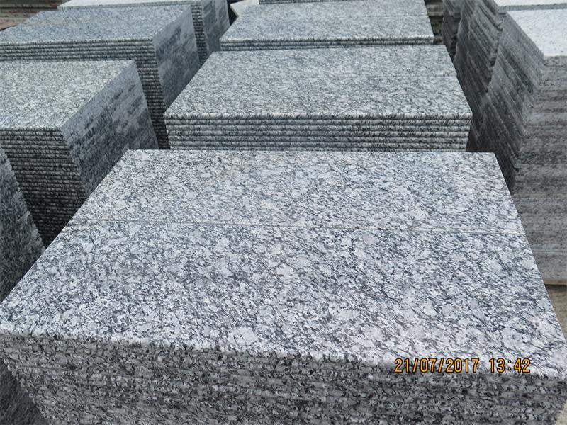 <b>Sea wave white granite</b>
